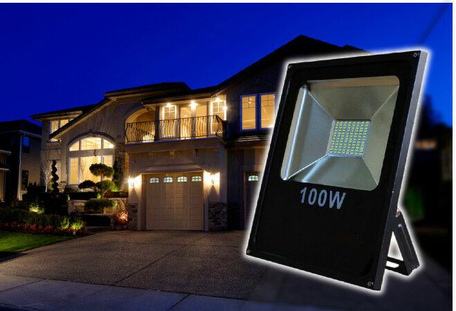 100W-os LED reflektor