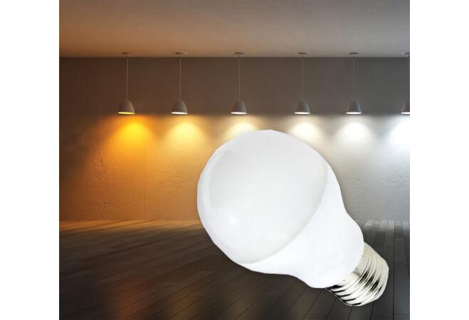 16W-os LED fényforrás, meleg fehér (E27)