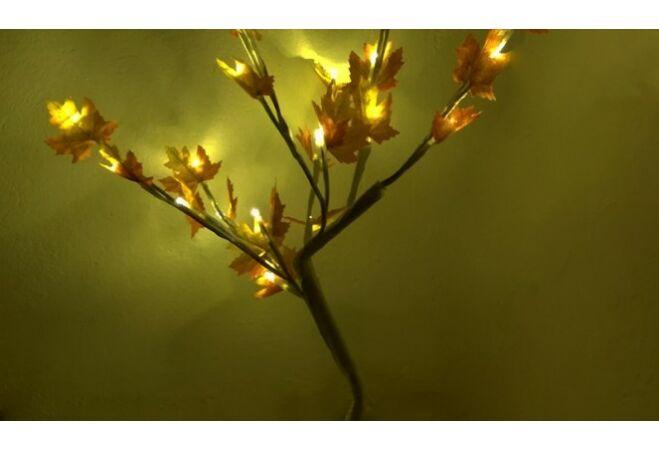 Hangulatos LED Sakura fa levelekkel (álló)