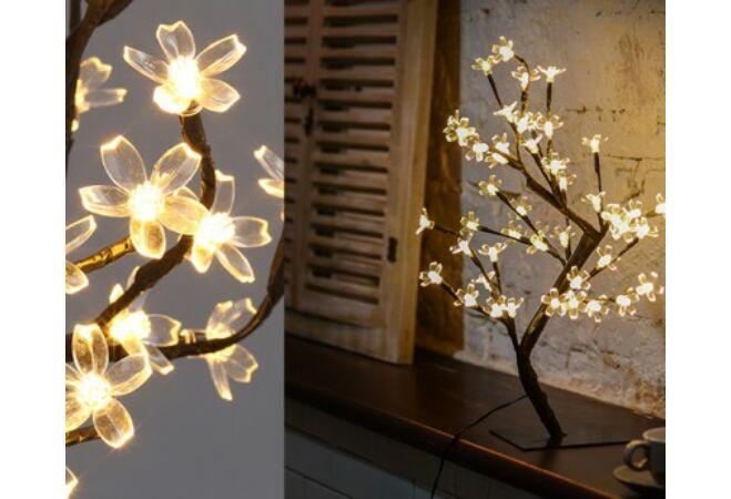 Hangulatos Sakura fa 20 LED-es